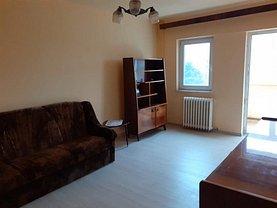 Apartament de vânzare 3 camere, în Deva, zona Bălcescu