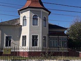 Casa de vânzare 8 camere, în Hateg, zona Ultracentral
