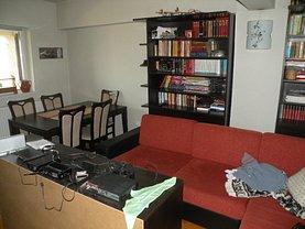 Apartament de vânzare 3 camere, în Zalau, zona Central