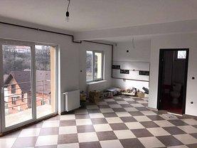 Apartament de vânzare 3 camere în Zalau, Sud