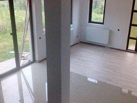Casa de vânzare 3 camere, în Zalau, zona Porolissum