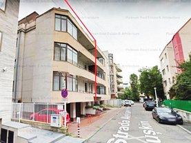 Casa de vânzare 13 camere, în Bucuresti, zona Primaverii
