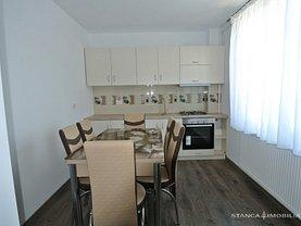 Apartament de vânzare 3 camere în Bistrita, Cetatii