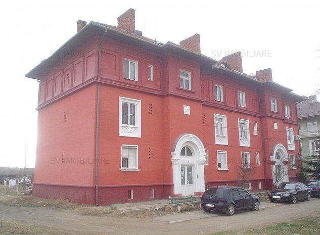 Vand Ap.2 Camere Decomandat,Et 2,Boxa La Subsol,Zona Sesul Rosu,Caransebes. - imaginea 1