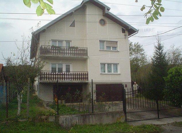 Vand parter vila cu gradina si curte in Zona Valea Cenchii,Caransebes. - imaginea 1