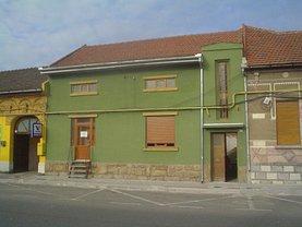 Casa de vânzare 5 camere, în Caransebes, zona Central