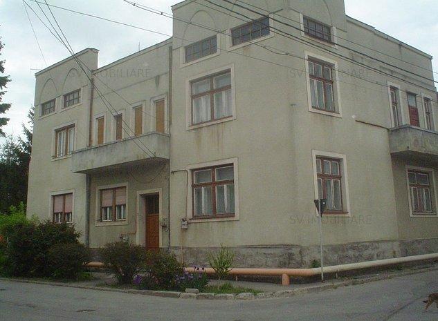 Vand Casa Deosebita P+1 Din 2 Corpuri,Zona Centrala,StrSorin Titel,Caransebes. - imaginea 1