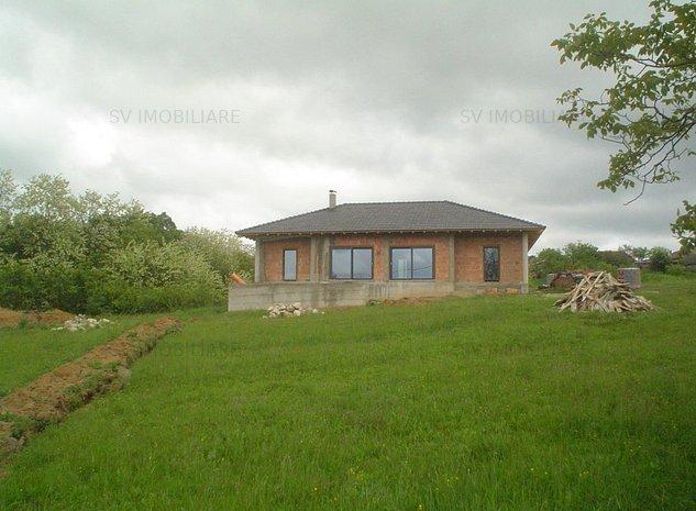 Casa De Vanzare D+P,La Rosu si Teren De 11398mp In Cornutel,Com Paltinisjud.CS. - imaginea 1