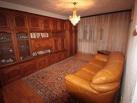 Apartament de închiriat 3 camere în Slatina, Central