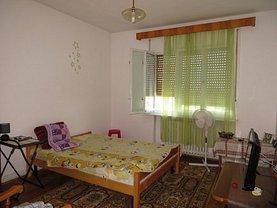 Apartament de vânzare 4 camere în Satu Mare, Titulescu