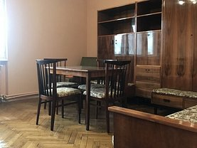 Apartament de vânzare sau de închiriat 2 camere în Satu Mare, Central