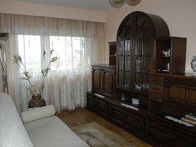 Apartament de închiriat 4 camere, în Satu Mare, zona Micro 16