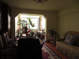 Apartament de vânzare 4 camere, în Satu Mare, zona Micro 16