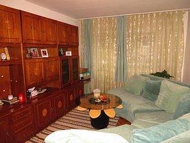 Apartament de vânzare 3 camere, în Satu Mare, zona Micro 17