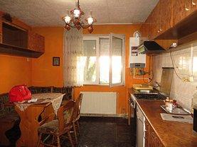 Apartament de vânzare 3 camere în Satu Mare, Botizului