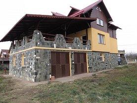 Casa de vânzare 8 camere, în Păuleşti