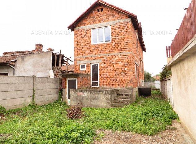 Casa subsol, parter si etaj - imaginea 1