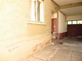 Casa de vânzare 3 camere, în Satu Mare, zona 14 Mai