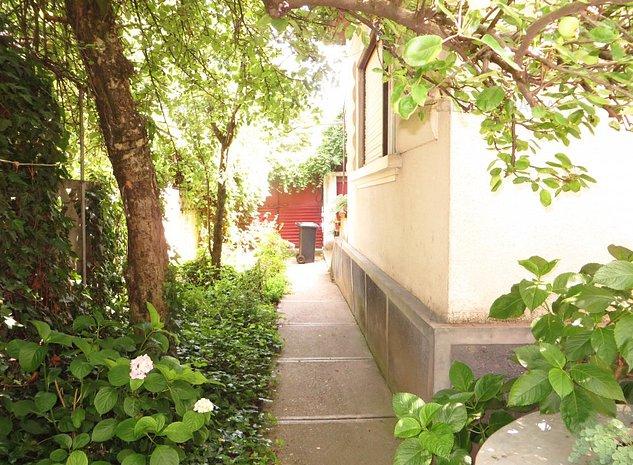 Casa parter zona Soarelui - Luceafarul - imaginea 1