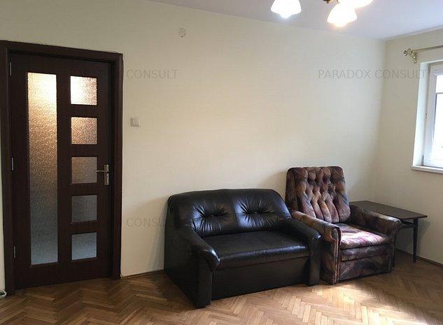 Apartament renovat, ideal birou ! - imaginea 1
