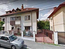 Casa de închiriat 5 camere, în Bucureşti, zona P-ţa Alba Iulia