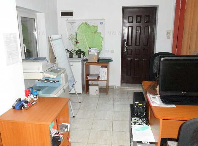 Apartament 3 camere in vila Targoviste - imaginea 1