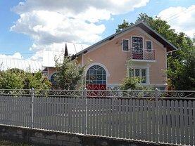 Casa de vânzare 7 camere, în Lucieni