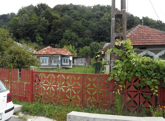 Casa in Gheboieni - imaginea 1