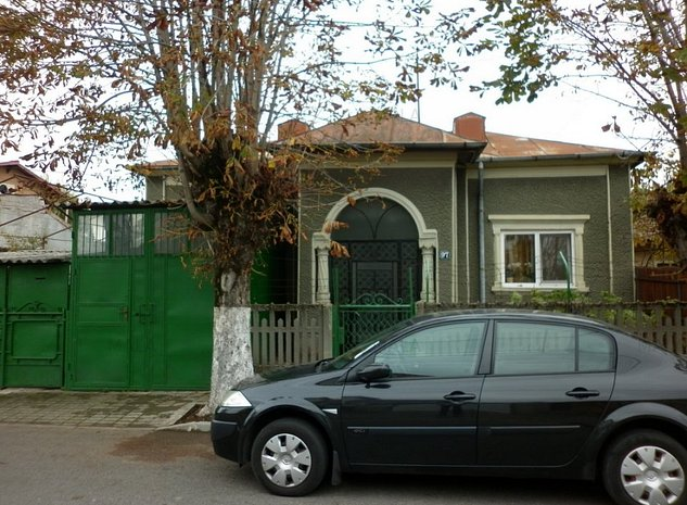 Casa in Tirgoviste-Matei Basarab - imaginea 1