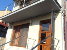 Casa de vânzare 8 camere, în Târgovişte, zona Central