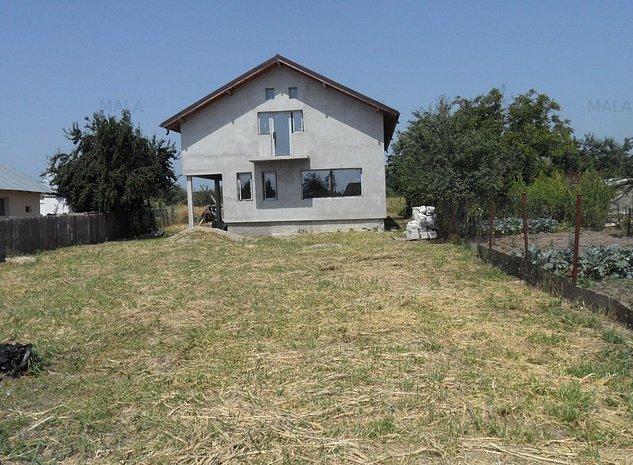 Casa in Priseaca - imaginea 1