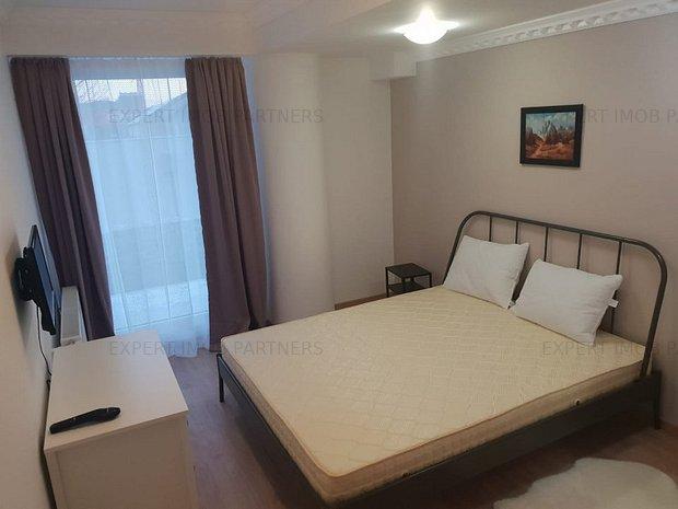 Apartament nou nout cu curte si verdeata, loc de parcare, piscina - imaginea 1
