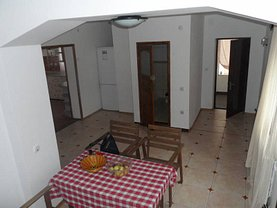 Casa de închiriat 3 camere, în Otopeni, zona Central