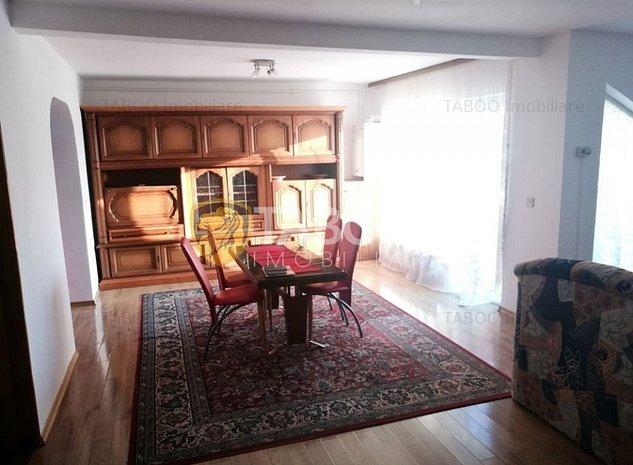 Apartament la casa de inchiriat 3 camere si terasa in zona Sub Arini - imaginea 1