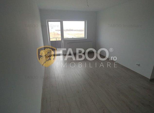 Apartament de vanzare cu 3 camere si pod in Selimbar comision 0% - imaginea 1