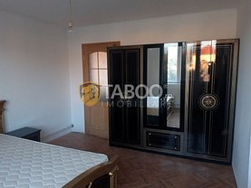 Apartament de vânzare 4 camere, în Sibiu, zona Calea Poplăcii