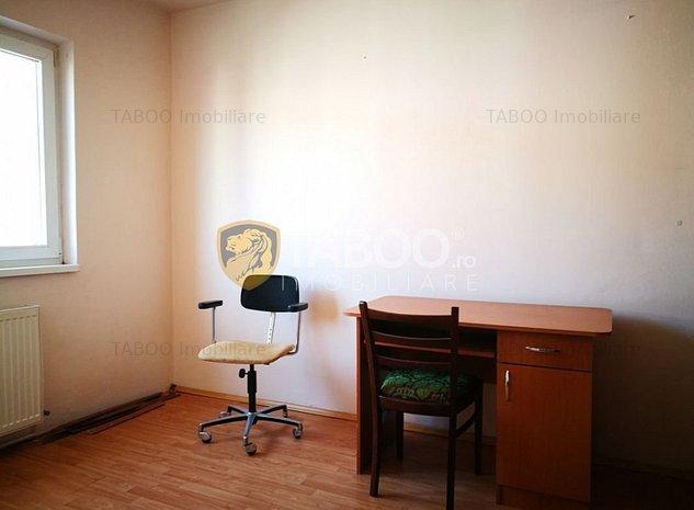 Apartament cu 2 camere mobilat si utilat in Sibiu zona Mihai Viteazu - imaginea 1