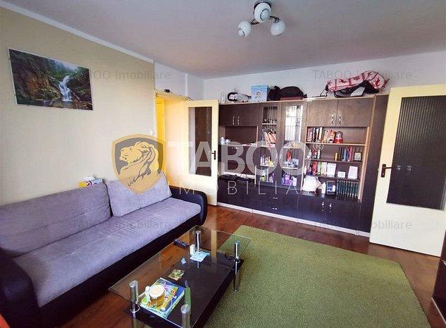 Apartament cu 2 camere si balcon de vanzare in zona Rahovei Sibiu - imaginea 1