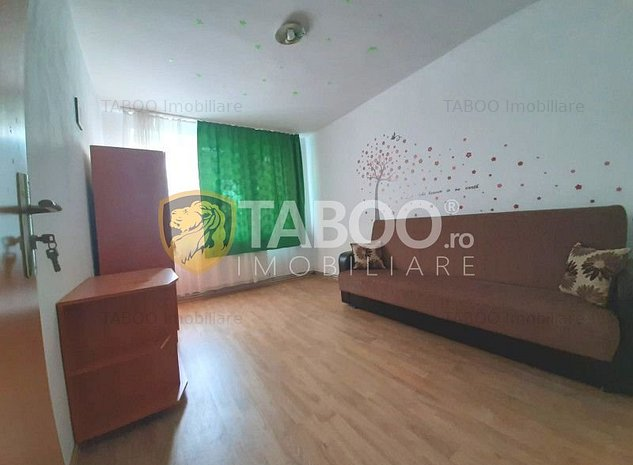 Apartament 2 camere pretabil birouri de vanzare Mihai Viteazul Sibiu - imaginea 1