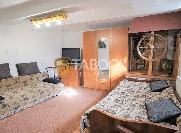 Apartament de inchiriat cu 2 camere la casa zona centrala a Sibiului - imaginea 1