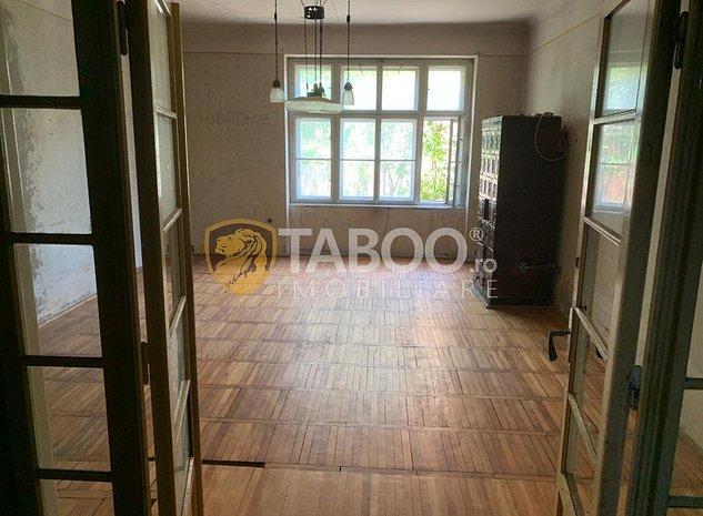 Apartament 4 camere la casa de vanzare Sibiu zona Bulevardul Victoriei - imaginea 1