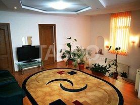 Casa de închiriat 8 camere, în Şelimbăr, zona Mihai Viteazul