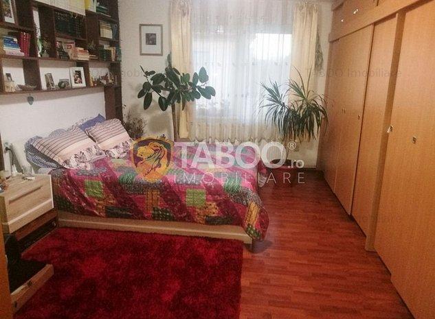 Casa deosebita cu 3 camere de vanzare in zona Lazaret din Sibiu - imaginea 1