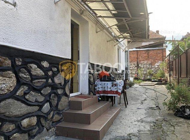 Casa spatioasa 3 camere de vanzare in Cisnadie - imaginea 1