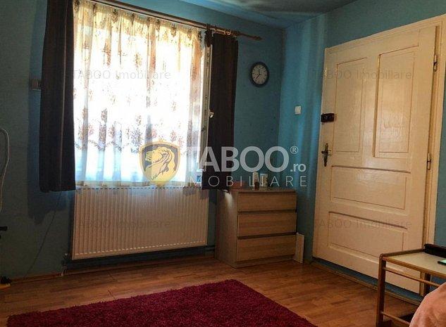 Casa individuala cu teren 253 mp de vanzare in Sibiu - imaginea 1