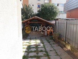 Casa de închiriat 8 camere, în Sibiu, zona Terezian