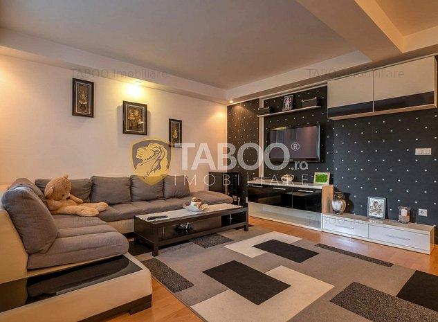 Casa individuala 7 camere 280 mp utili terasa de vanzare Tilisca Sibiu - imaginea 1