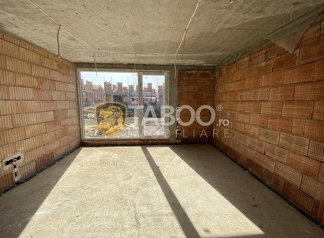 Casa tip duplex 4 camere de vanzare 180 mp curte in Cisnadie - imaginea 1