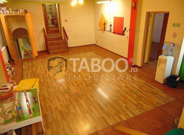Casa 11 camere 310 mp utili de inchiriat in zona Terezian Sibiu - imaginea 1