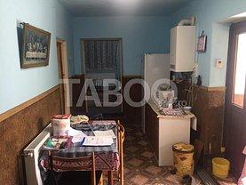 Casa de vânzare 3 camere, în Ocna Sibiului